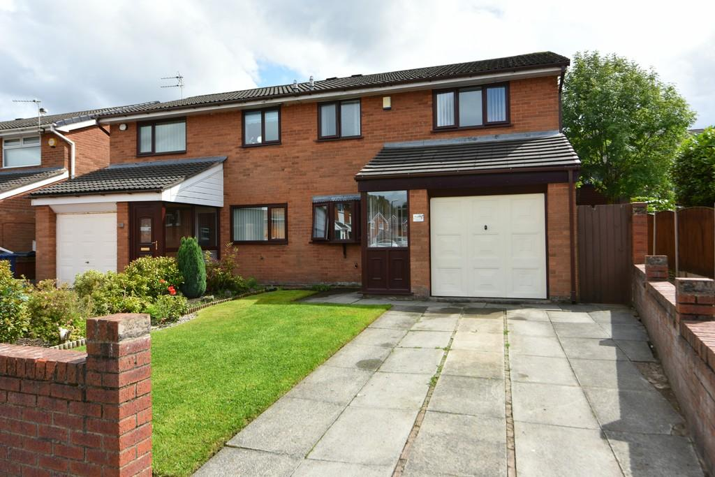 3 Bedrooms Semi Detached House for sale in Turnberry, Old Skelmersdale