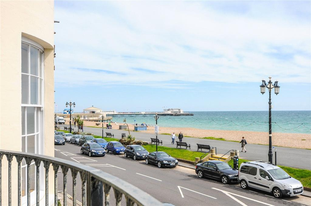 2 Bedrooms Flat for sale in Nautilus, Marine Parade, Worthing, West Sussex, BN11