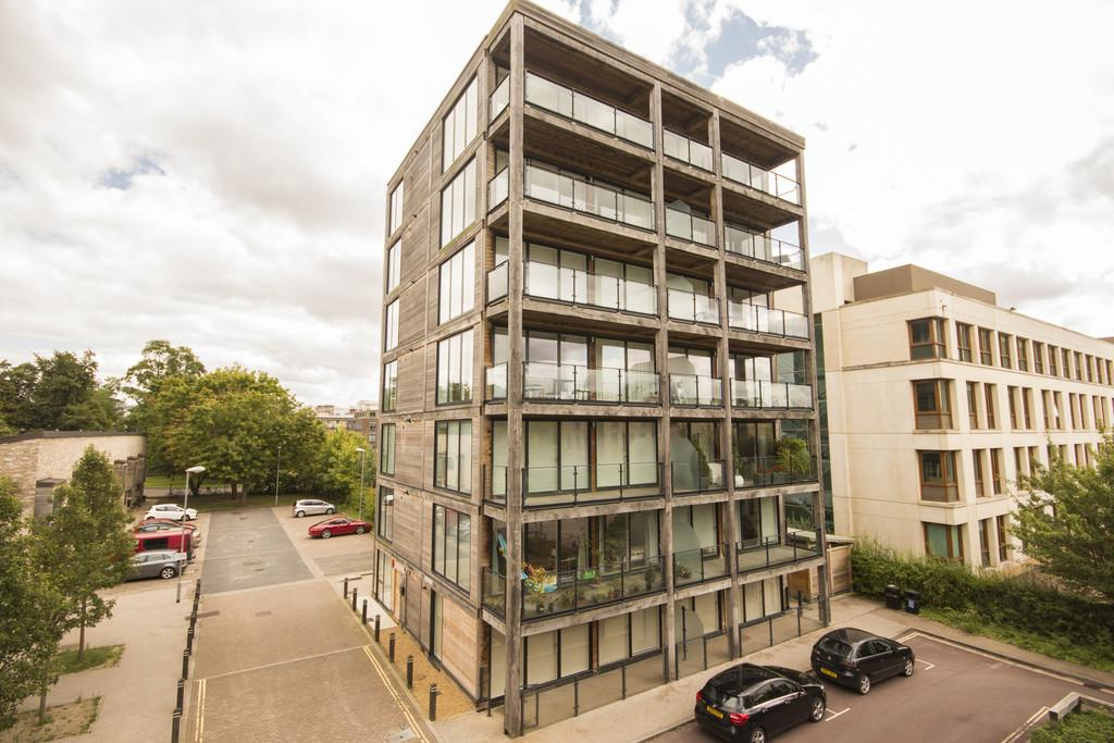 2 Bedrooms Apartment Flat for sale in Aberdeen Avenue, Cambridge