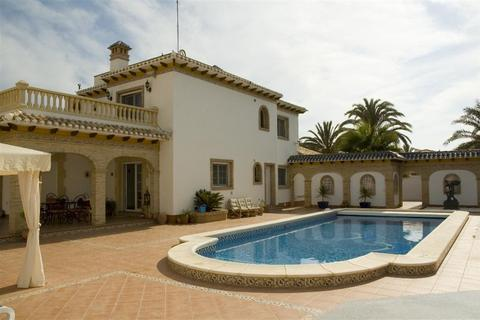 4 bedroom villa  - Cabo Roig, Alicante