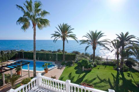 5 bedroom villa  - Cabo Huertas, Alicante