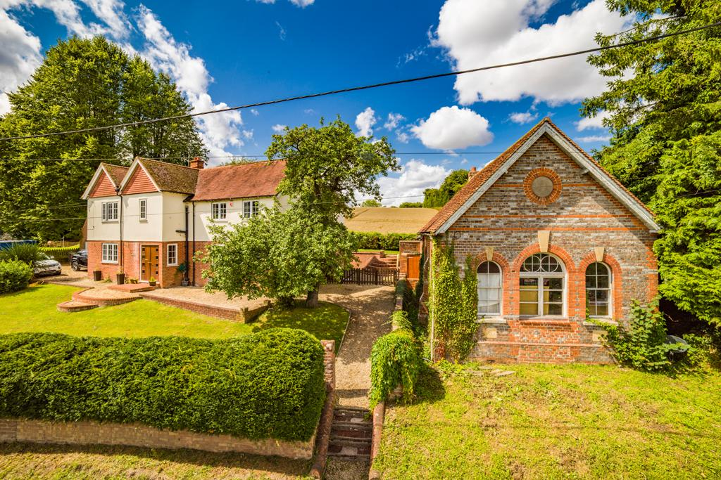 4 Bedrooms Detached House for sale in Parkview, Hampstead Norreys, RG18