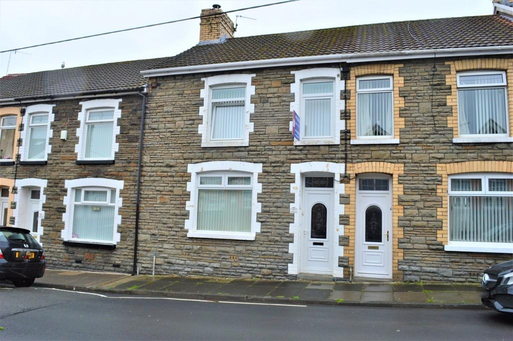 2 Bedrooms Terraced House for sale in Hanbury Street, Blackwood