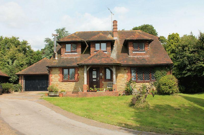 4 Bedrooms Equestrian Facility Character Property for sale in Gay Street, Pulborough