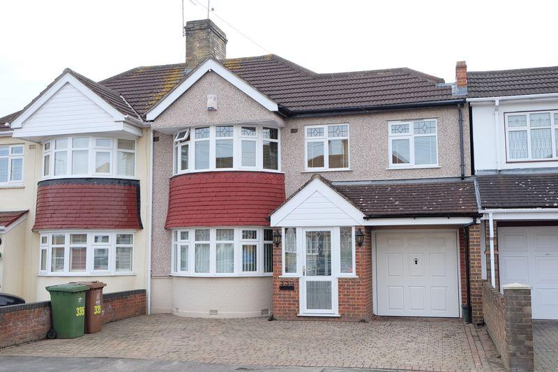 5 Bedrooms Semi Detached House for sale in Gipsy Road, DA16