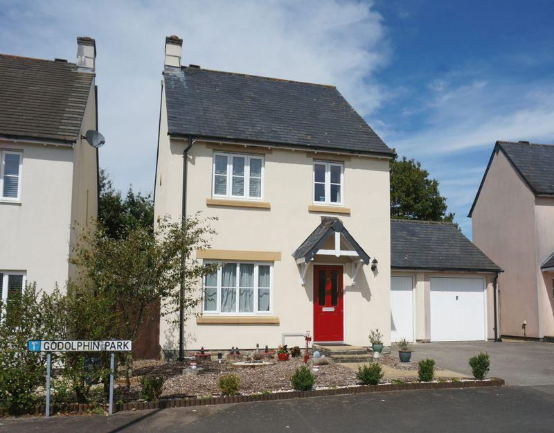 3 Bedrooms Detached House for sale in Werrington Drive, Callington