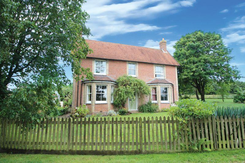 4 Bedrooms Detached House for sale in Whitehouse Farm, Danegate, Tunbridge Wells