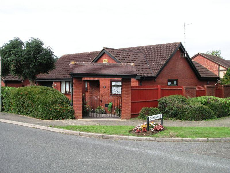 3 Bedrooms Bungalow for sale in Blackmoor Gate, Milton Keynes