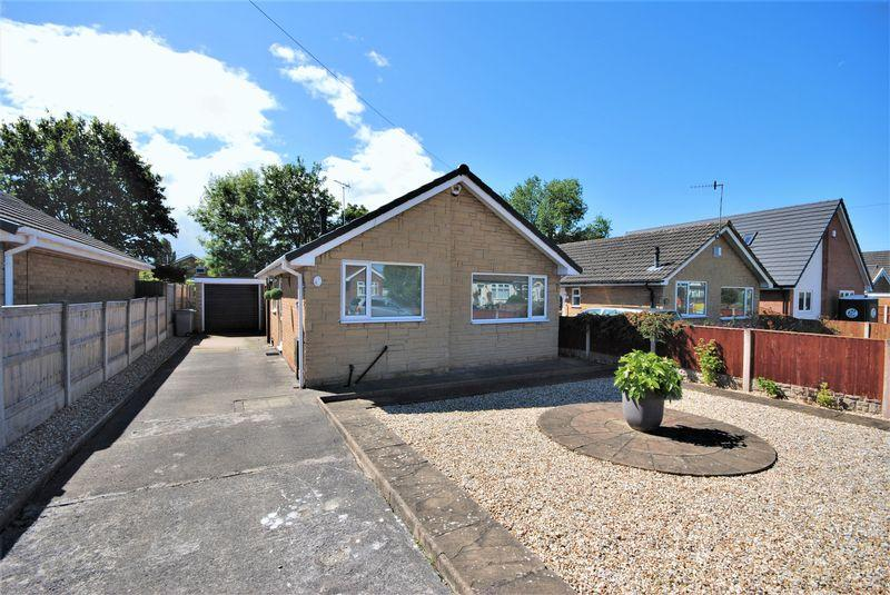 2 Bedrooms Detached Bungalow for sale in Birch Avenue, Moreton