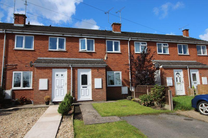 2 Bedrooms Terraced House for sale in Cae Glas, Wrexham