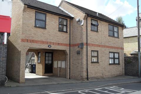 2 bedroom ground floor flat to rent - Berkley Street, Eynesbury