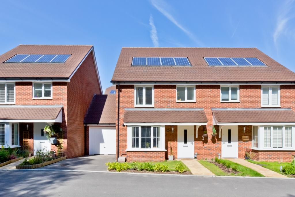 3 Bedrooms House for sale in Trefoil Avenue, Lindfield, RH16