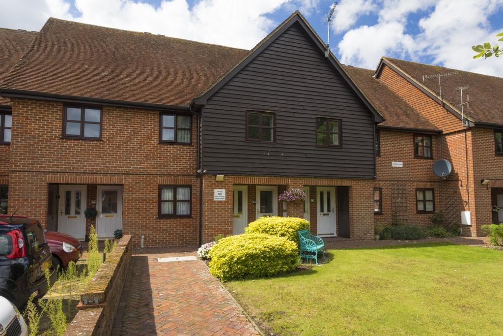 1 Bedroom Retirement Property for sale in Pound Lane, Elham, CT4