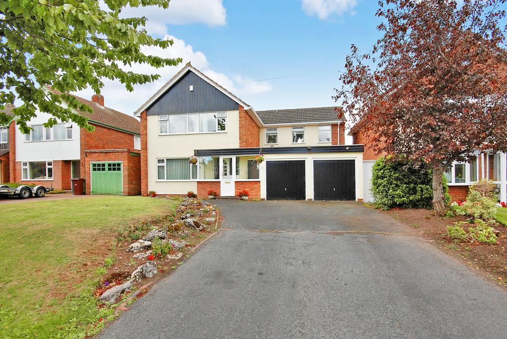 4 Bedrooms Detached House for sale in WOODTHORNE ROAD SOUTH, Tettenhall, Wolverhampton WV6