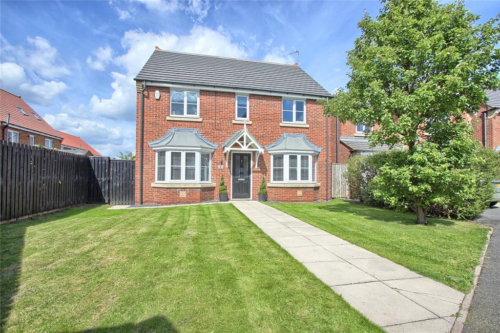 4 Bedrooms Detached House for sale in Ilfracombe Drive, Redcar