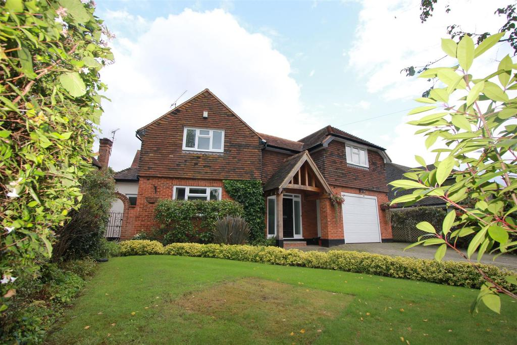 5 Bedrooms Detached House for sale in Widworthy Hayes, Hutton Mount, Brentwood