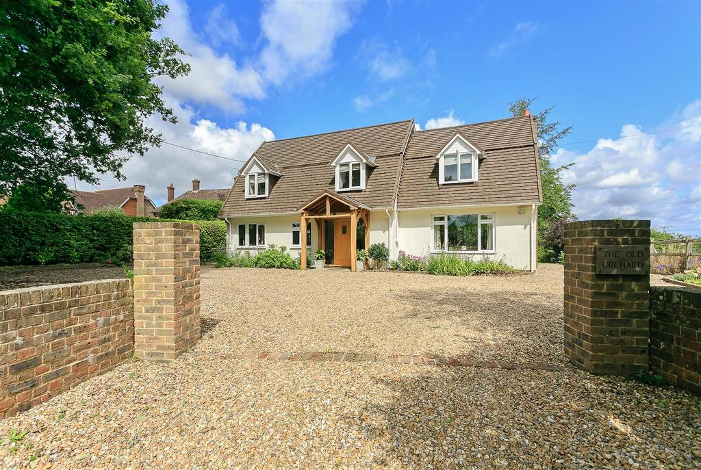 5 Bedrooms Detached House for sale in Furners Lane, Henfield