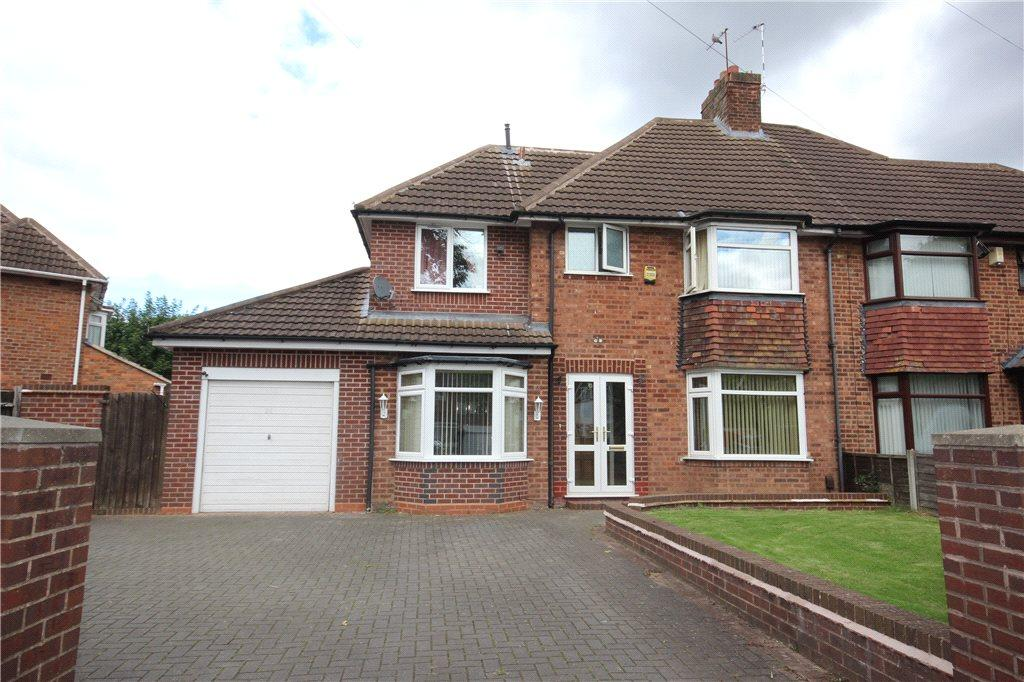 4 Bedrooms Semi Detached House for sale in Highwood Avenue, Solihull, West Midlands, B92