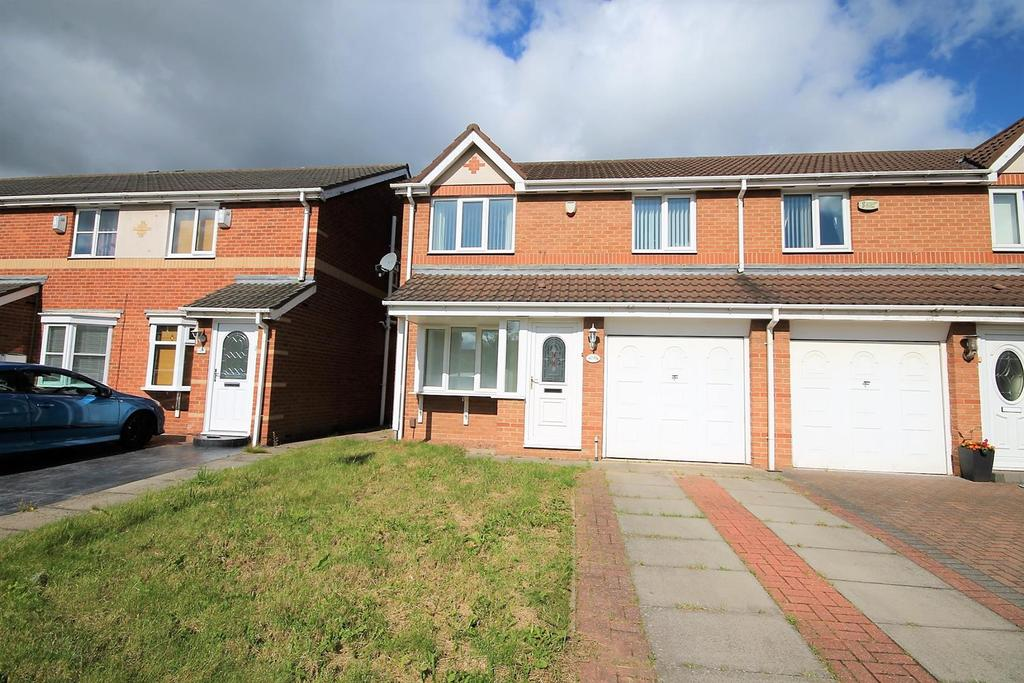 3 Bedrooms Semi Detached House for sale in St. Johns Close, Stockton-On-Tees