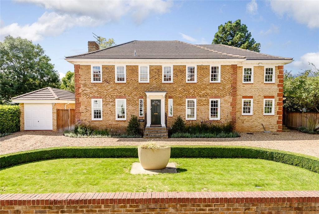7 Bedrooms Detached House for sale in Fishery Road, Maidenhead, Berkshire, SL6