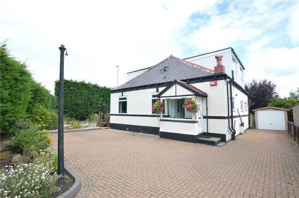 4 Bedrooms Detached House for sale in Barleyhill Road, Garforth, Leeds, West Yorkshire
