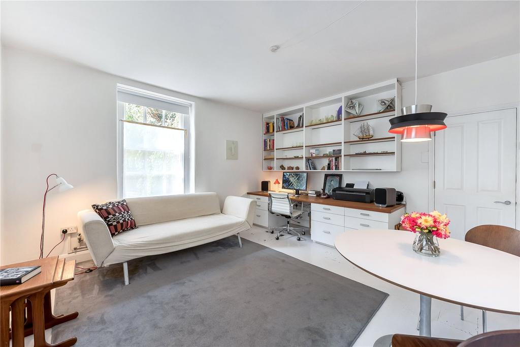 1 Bedroom Flat for sale in Gainsborough House, Erasmus Street, London