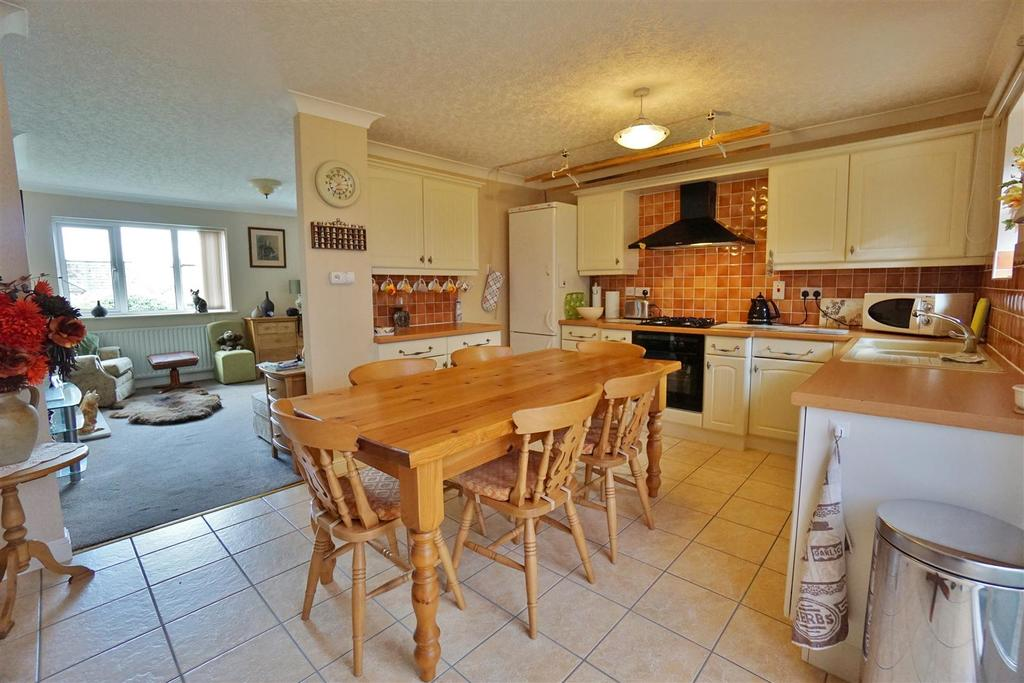 3 Bedrooms Bungalow for sale in Victoria Court, Chatburn