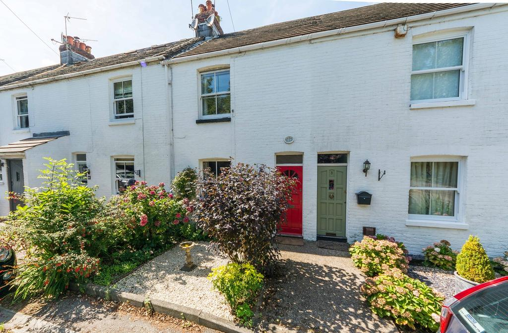 2 Bedrooms Terraced House for sale in Riverview Terrace, Coal Park Lane, Swanwick SO31