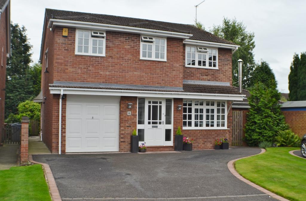 4 Bedrooms Detached House for sale in Elgin Avenue, Holmes Chapel