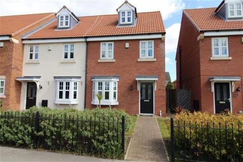 3 bedroom townhouse for sale - Pools Brook Park, Kingswood, Hull