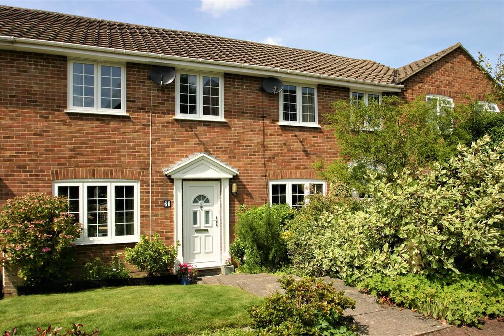 3 Bedrooms Terraced House for sale in Clarendon Way, Tunbridge Wells TN2