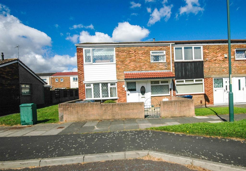 3 Bedrooms Terraced House for sale in Spenser Walk, South Shields