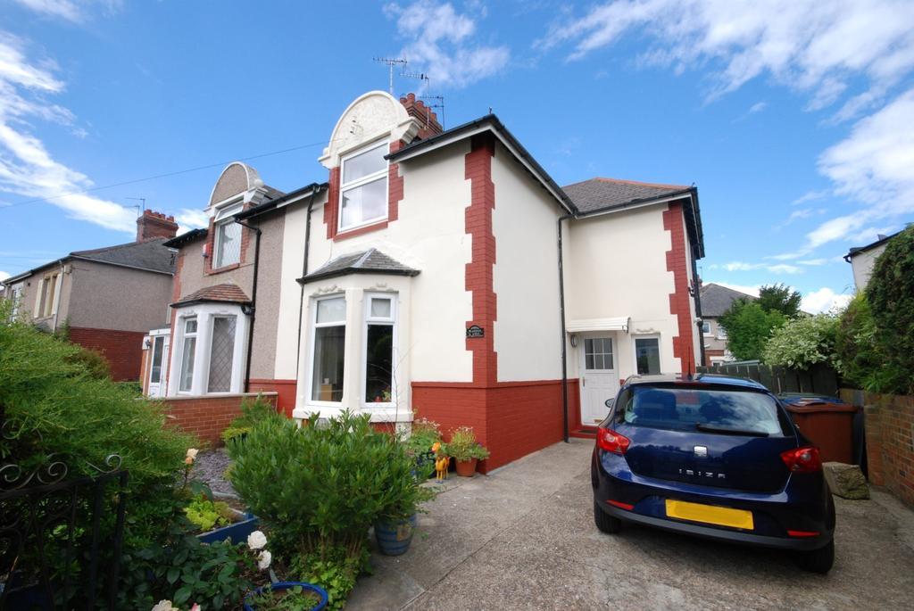 3 Bedrooms Semi Detached House for sale in Laburnum Avenue, Walkergate