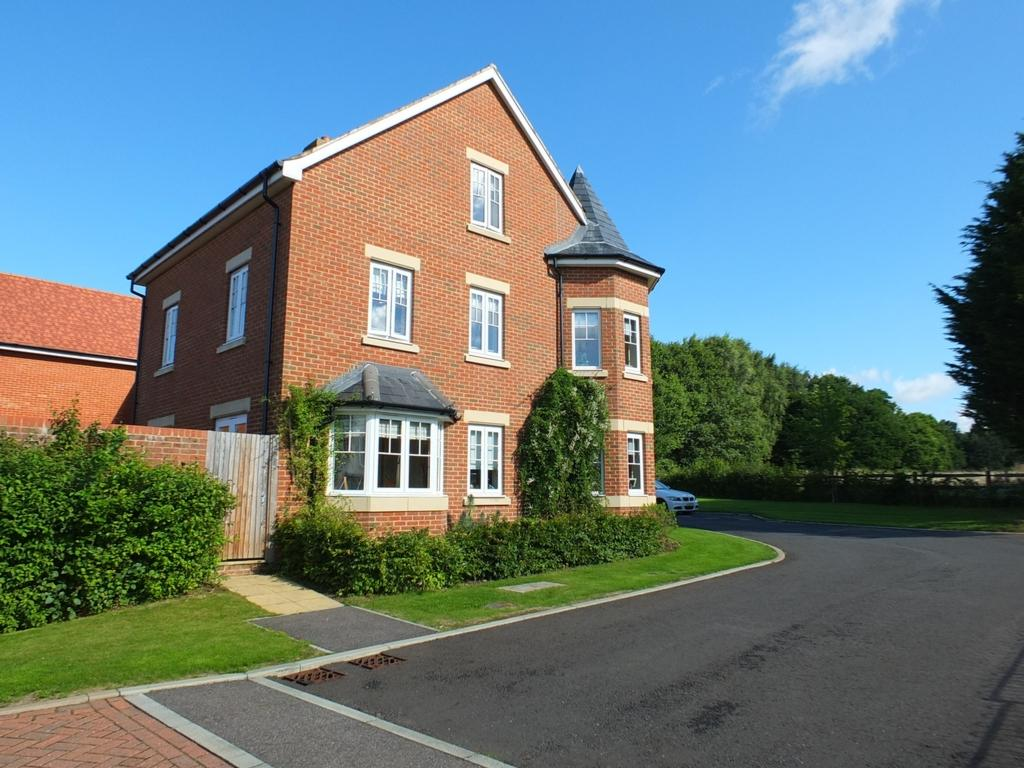 4 Bedrooms House for sale in Rolling Mill, Maresfield, TN22