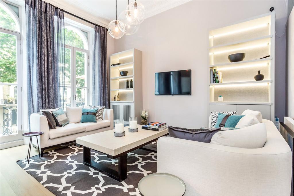 2 Bedrooms Flat for sale in Beaufort Gardens, London, SW3