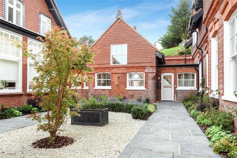 2 bedroom terraced house to rent - Bruce Manor Close, Wadhurst, East Sussex, TN5