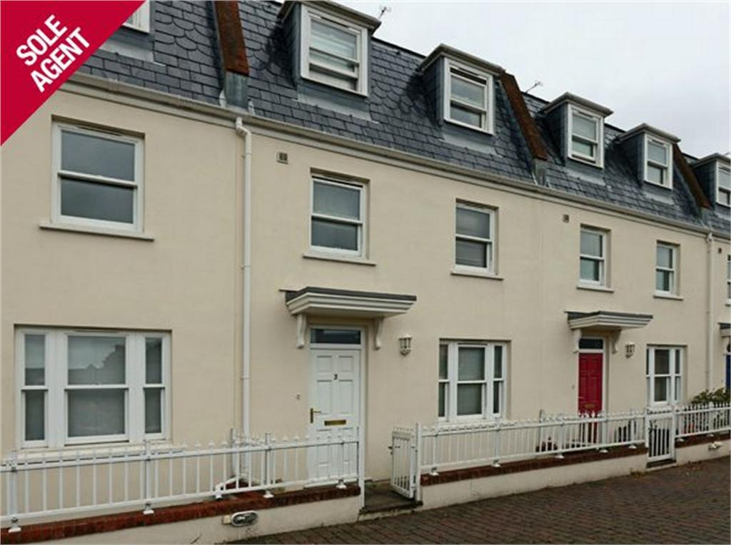 4 Bedrooms Terraced House for sale in 3 Les Fontenelles Mews, Mount Hermon, St Peter Port