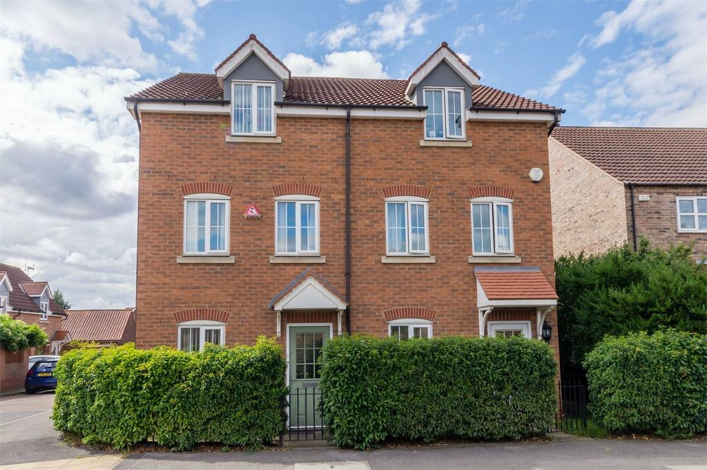 3 Bedrooms Semi Detached House for sale in Selby Road, Wistow, Selby, North Yorkshire