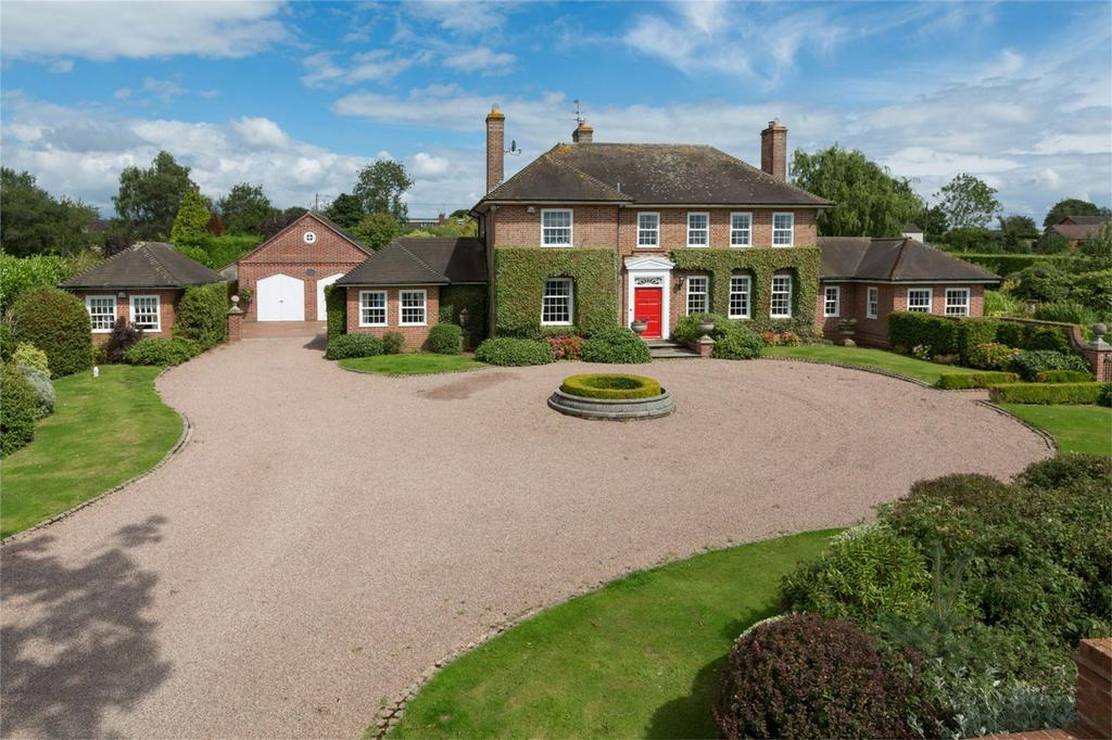 4 Bedrooms Detached House for sale in Applecross House and Equestrian Centre, Alveley, Nr Bridgnorth, Shropshire