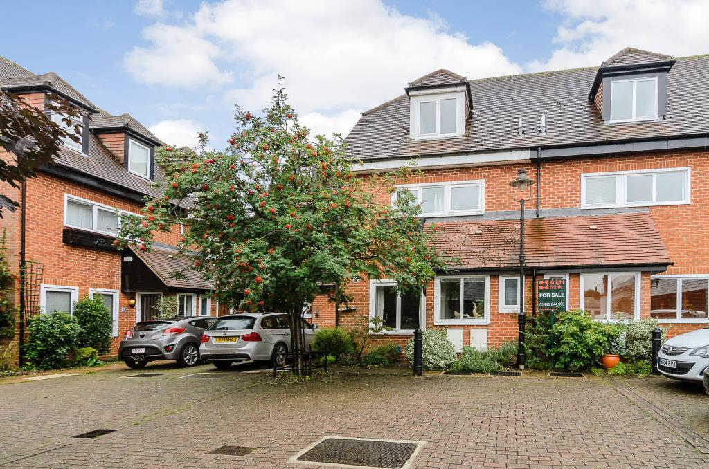 4 Bedrooms Town House for sale in Putman Place, Henley-On-Thames