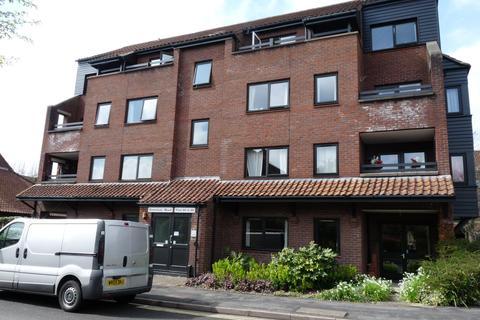 2 bedroom flat to rent - Rownham Mead, Hotwells