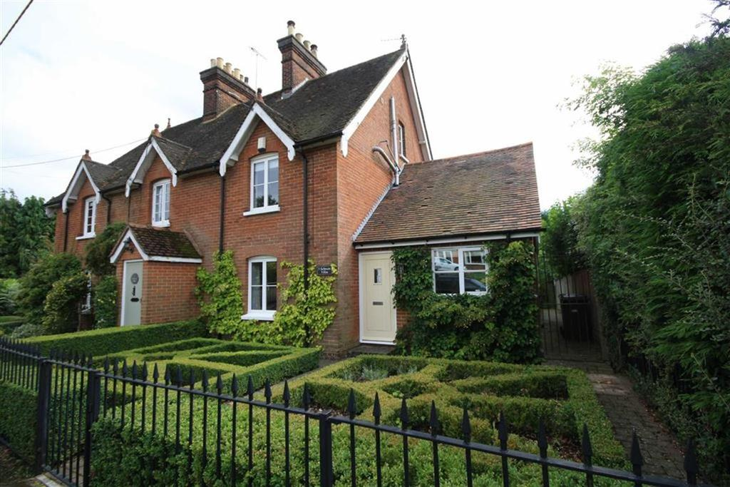 3 Bedrooms End Of Terrace House for sale in Long Mill Lane, Kent