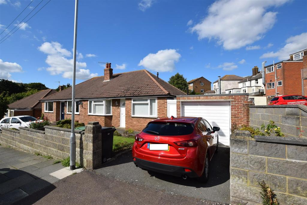 2 Bedrooms Semi Detached Bungalow for sale in Victoria Avenue, Hastings