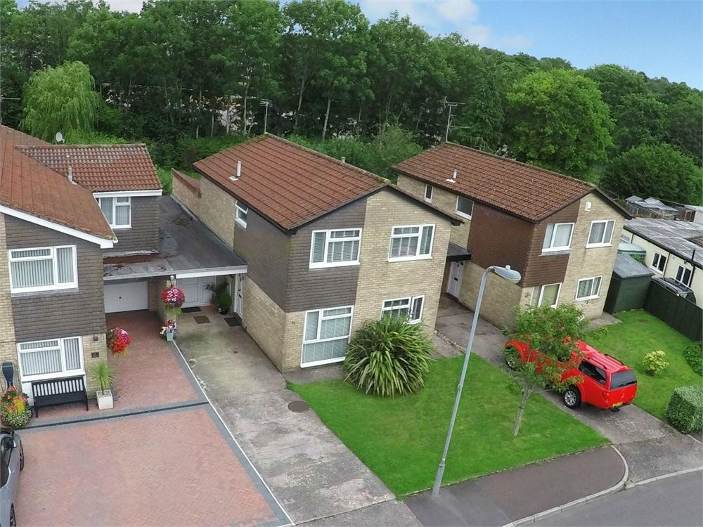 4 Bedrooms Detached House for sale in Hampton Crescent West, Cyncoed, Cardiff