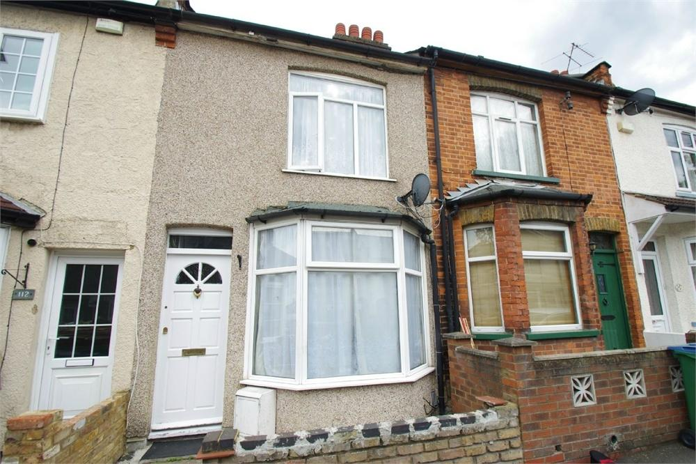 3 Bedrooms Terraced House for sale in Harwoods Road, WATFORD, Hertfordshire