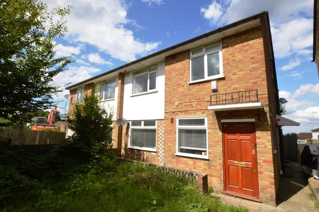 2 Bedrooms Flat for sale in Beulah Hill London SE19