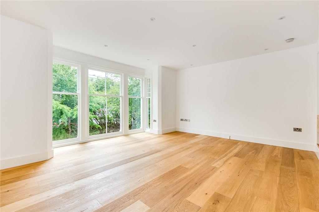 3 Bedrooms Flat for sale in Stanthorpe Road, Streatham, London