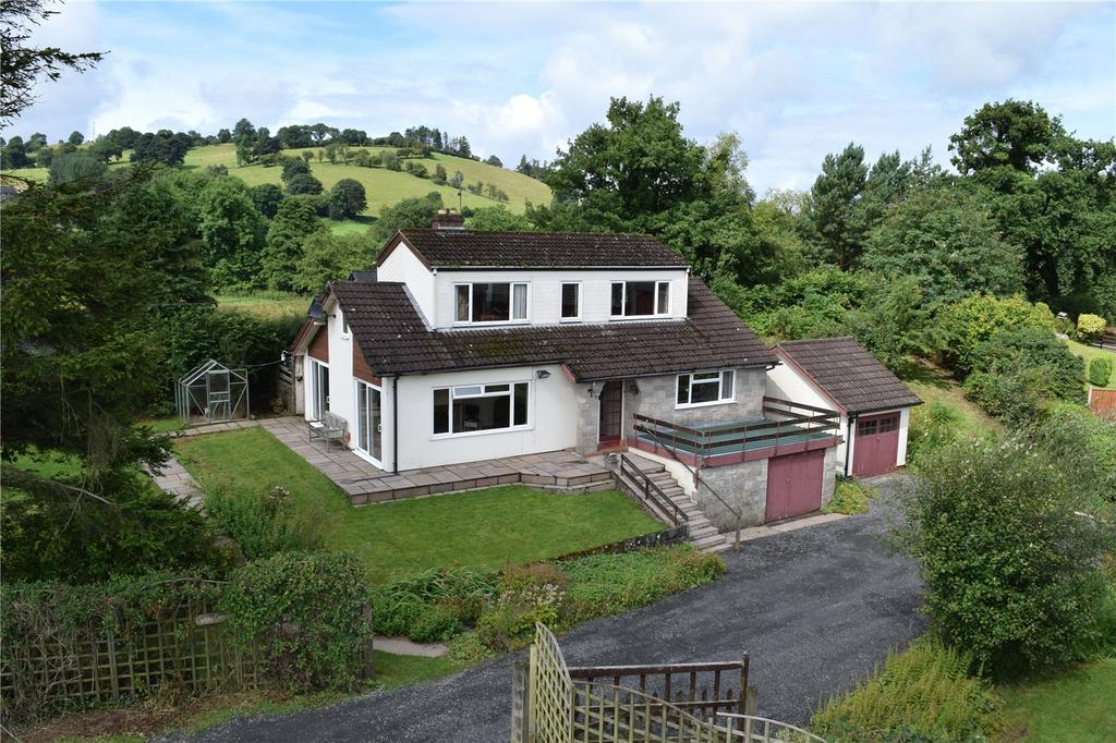 4 Bedrooms Detached House for sale in Llanerfyl, Welshpool, Powys