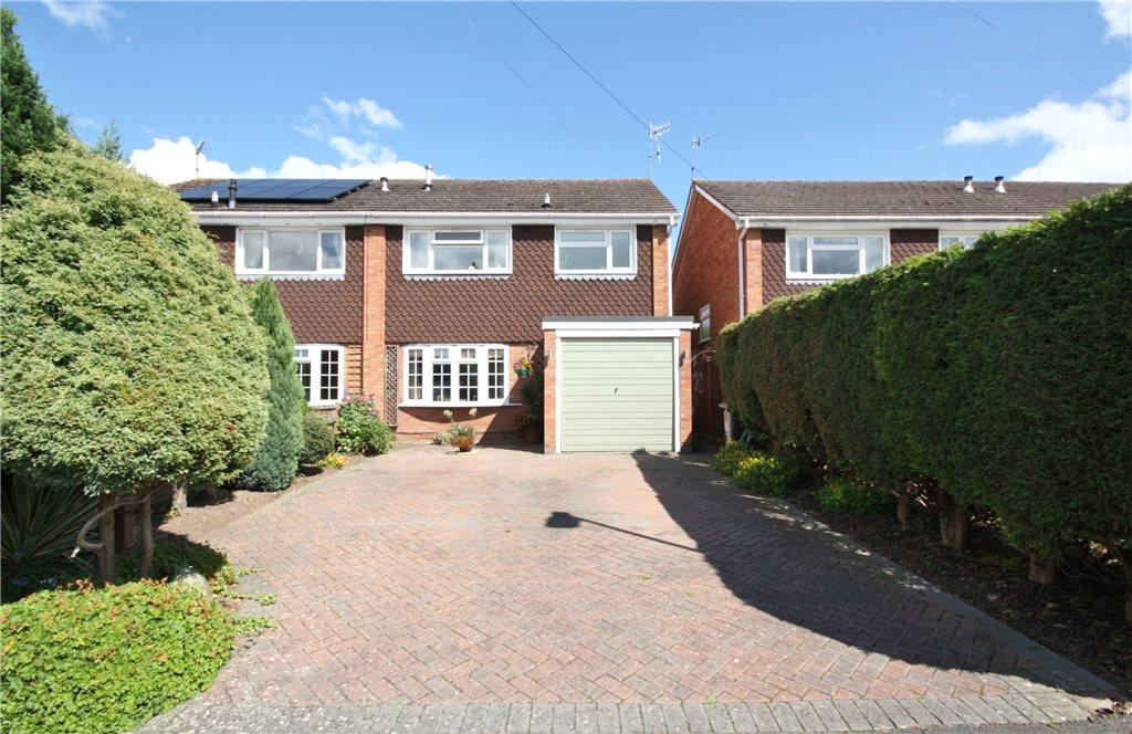 3 Bedrooms Semi Detached House for sale in Geneva Close, Worcester, Worcestershire, WR3