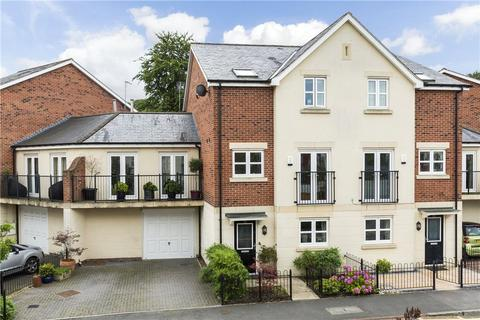 6 bedroom semi-detached house for sale - Montgomery Avenue, Leeds, West Yorkshire